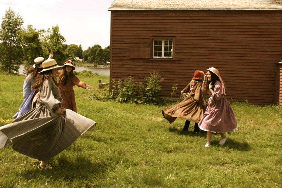 What Was Life Like for Canadian Pioneers? Find Out at English Summer School in Canada!