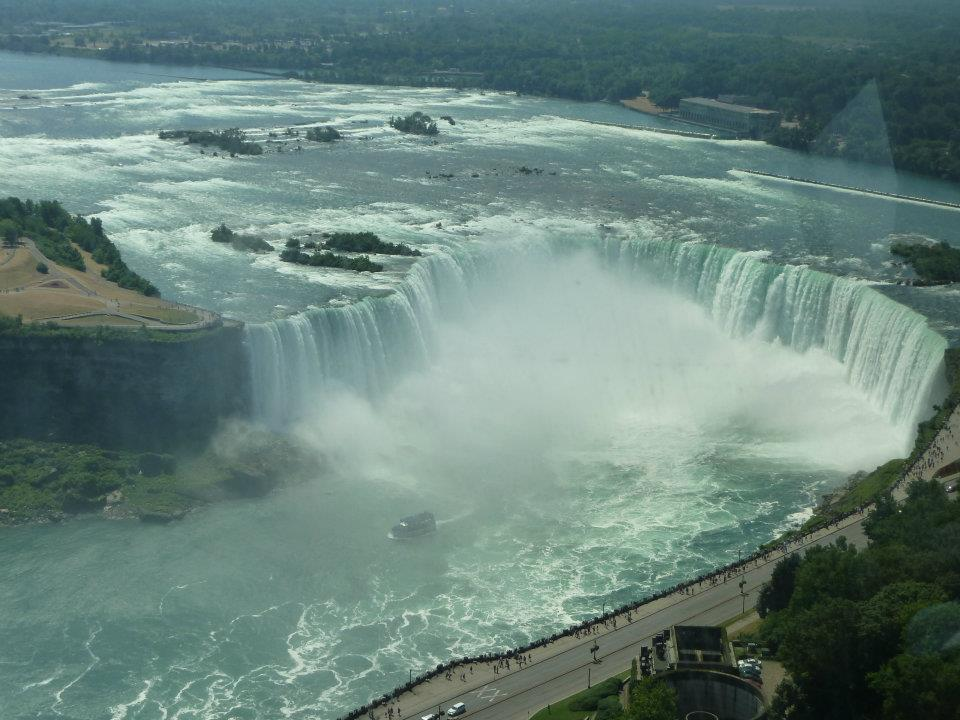 This part of the Niagara Falls has eroded into a 'U' shape, so Canadians call it 'the Horseshoe.'