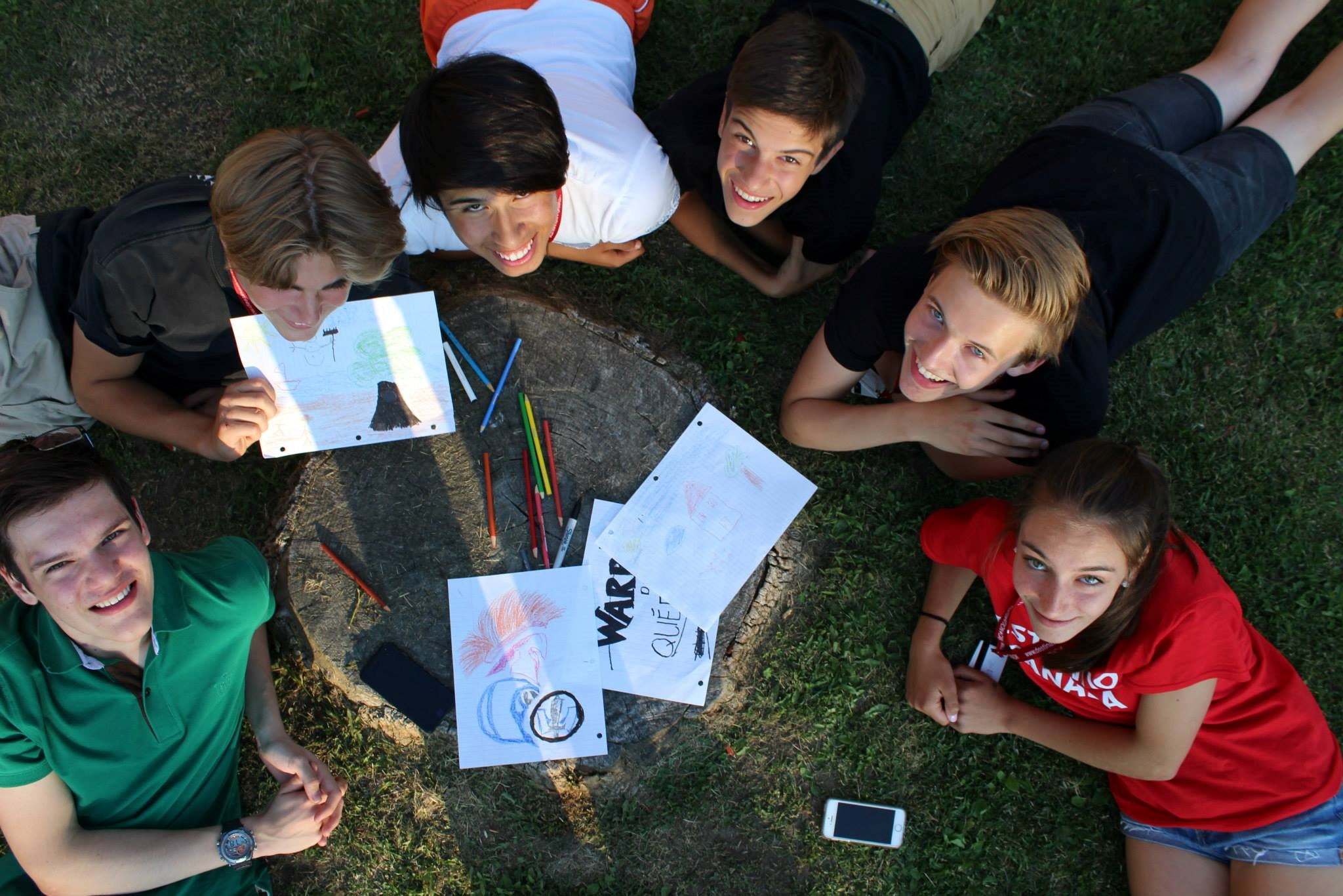 Students work together on English language projects in Destination Canada's English Program